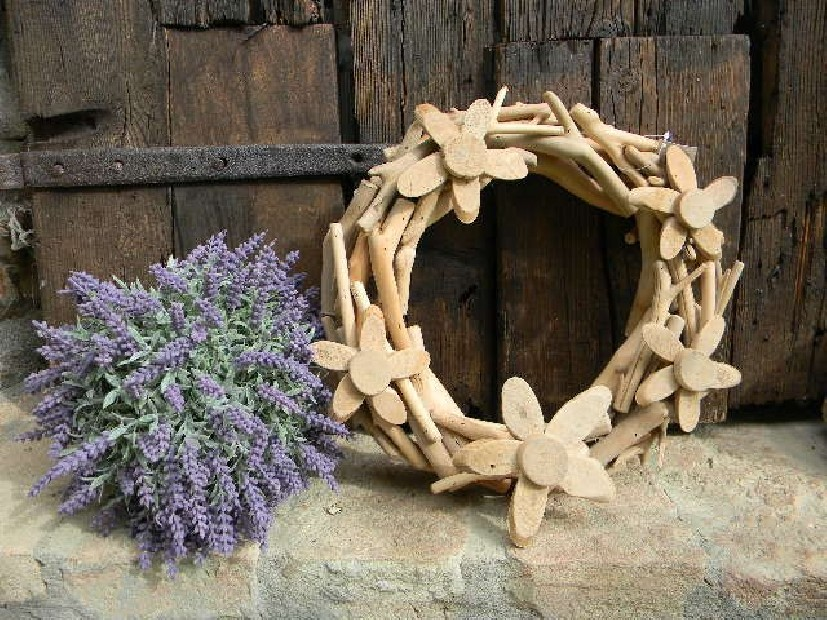 Coroncina decorativa legno